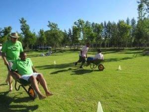 Boeresport team building barrow race