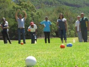 Boeresport team building bowls
